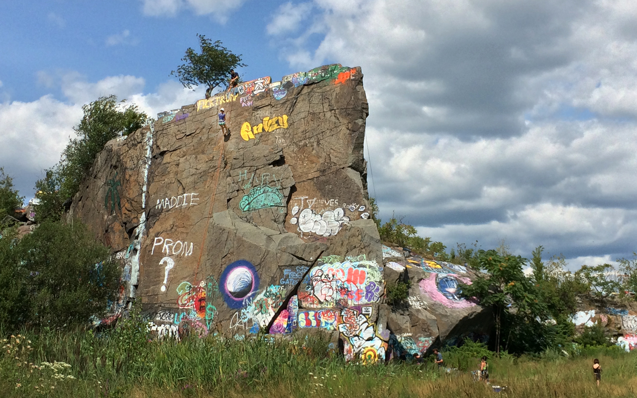 05_Quincy_Quarries_Rappelling